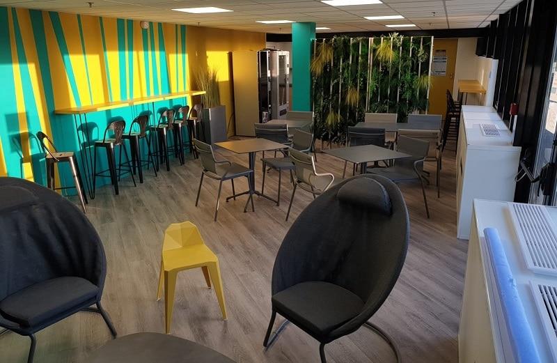 Espaces informels Cafeteria Ipsen by beOtop